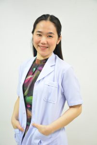 ทันตแพทย์หญิงทัศไนย์ ตั้งมั่นคงวรกุล หัวหน้ากลุ่มงานทันตกรรม